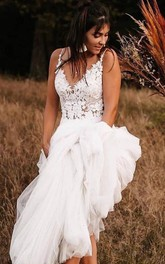 Lace Tulle Sweep Train A Line Sleeveless Casual Wedding Dress with Appliques