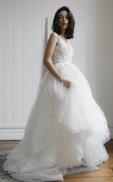 Deep V-back Romantic Plunging V-neck Sleeveless Lace Appliqued Wedding Dress With Tulle Skirt