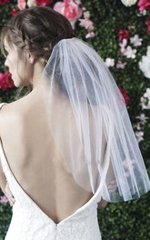 Simple Short Single Layer Wedding Veil With Hair Comb