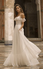 Off-the-shoulder Spaghetti Straps Adorable Tulle Wedding Dress With Lace Details