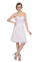 Amazing Sweetheart Knee-length Dress With Ruffles