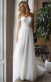 Tulle Floor-length Court Train A Line Sleeveless Romantic Wedding Dress with Lace