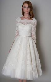 A-Line Knee-Length Half-Sleeve Appliqued Bateau-Neck Lace Wedding Dress