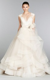 Captivating Lace Bodice Tulle Ball Gown With Crystal Brooch