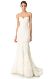 Long Sweetheart Trumpet Lace Dress With Satin Sash
