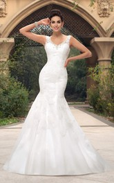 Sleeveless Mermaid Open Back V-neck Lace Appliqued Bridal Gown