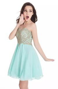 A-line Sleeveless Chiffon Lace Sweetheart Open Back Zipper Short Mini Homecoming Dress