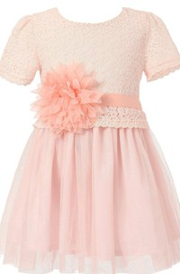 Short-sleeved A-line Lace Dress With Flower and Pleats
