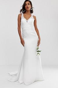 Ethereal Sheath Straps Sleeveless Long Wedding Dress