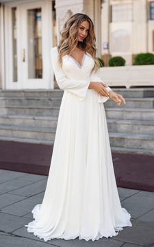 Modern Chiffon Sheath V-Neck Wedding Dress with Applique
