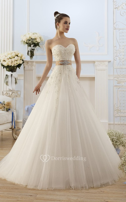 A-Line Maxi Sweetheart Sleeveless Lace-Up Tulle Dress With Appliques And Waist Jewellery