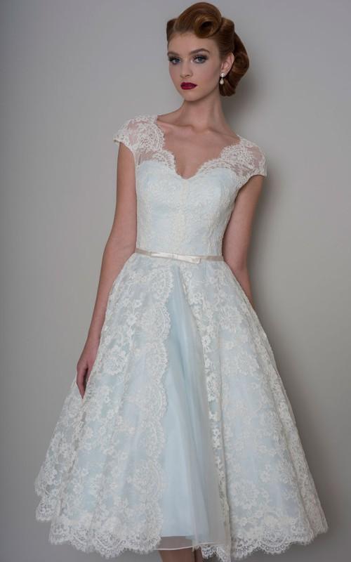 A-Line Knee-Length Appliqued V-Neck Cap Sleeve Lace Wedding Dress